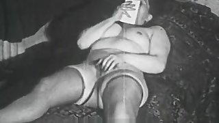Chubby Hooker Fucked by a Thief (1950s Vintage)