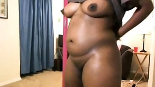 Webcam - Black MILF teasing and showing tits