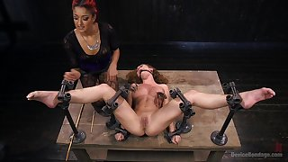 Intense bondage threesome beguilement featuring Daisy Ducati and Roxanne Rae