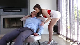Sexy busty MILF Lexi Luna rides cock on every side a really crazy similar to one another for orgasm