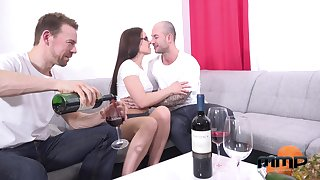 Two amateur guys fuck mouth, pussy and anus of Czech adult carve Wendy Moon